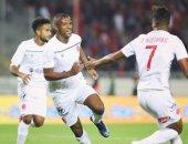 لاعبو الدوري المغربي يرفضون مقترح تخفيض الرواتب.. تعرف على السبب