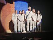 """ختام عرض """"أولاد البلد"""" على مسرح قصر ثقافة بأسيوط وتكريم أعضاء الفريق"""