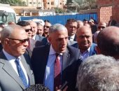 """مشادة بين برلمانى ووكيل """"صحة القليوبية"""" حول موعد افتتاح مستشفى القناطر.. صور"""