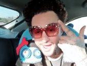 """أحمد الفيشاوى يتحول لـ""""رابر"""" ويستعيد ذكرياته مع الغناء.. فيديو وصور"""
