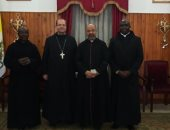 بطريرك الكاثوليك يلتقى وفدا من الآباء الرهبان البندكتيين بمصر