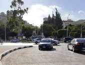 امسك مخالفة.. قارئ يشارك بصورة لسير سيارات عكس الاتجاه بمصر الجديدة