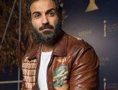 """أحمد فهمى ينشر صورة جديدة ويعلق: """"جامد أوى.. أحلى حاجة فى الدنيا الغرور"""""""