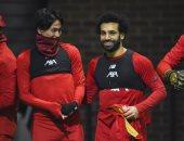 هل يسجل مينامينو أول ظهور في كلاسيكو ليفربول ضد مانشستر يونايتد؟