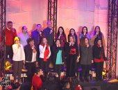كنيسة قصر الدوبارة تحتفل برأس السنة بحضور المئات بالترانيم وأضواء العام الجديد