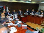 النقل تناقش مع التنمية المحلية ومحافظا الجيزة والقليوبية تطوير الطريق الدائرى