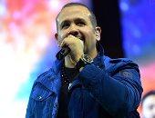 هشام عباس يحيى حفلا غنائيا غدا الخميس ويقدم أغاني ألبومه الأخير