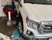 فيديو.. تفاصيل حادث مروع داخل مغسلة سيارات بأمريكا