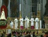 شاهد ..البابا فرنسيس يترأس أول قداس إلهى فى عام 2020