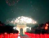 باريس تحتفل بالعام الجديد 2020 بإطلاق الألعاب النارية.. فيديو