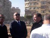 صور.. نائب محافظ القاهرة يتفقد أعمال تطوير ميدانى روكسى وتريومف بمصر الجديدة