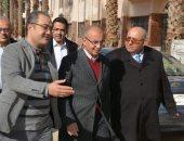 رئيس جامعة الزقازيق يتفقد مبنى كلية طب وجراحة الفم والأسنان الجديد