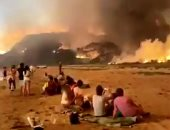 غابات استراليا تحترق بلا توقف .. والدخان الأصفر يكسو السماء