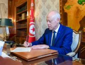 الرئيس التونسى يطلع على جاهزية الجيش للمساهمة فى التصدى لوباء كورونا