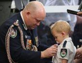 تفاصيل منح طفل عمره 19 شهرا وسام الشجاعة لإطفاء الحرائق فى أستراليا