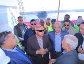 وزير النقل يتابع معدلات تنفيذ 3 محاور لرلط شرق وغرب النيل بأسوان وقنا