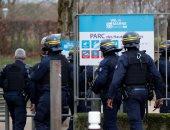 الشرطة الفرنسية تطلق النار على رجل يشهر سكينا