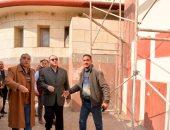 محافظ أسيوط يتفقد أعمال التطوير والتجميل بميدان المحطة ويلتقى المواطنين