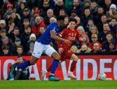 ليفربول يتعادل سلبيا ضد إيفرتون بالشوط الأول في غياب صلاح