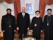 توافد الشخصيات العامة والقيادات على كنائس الإسكندرية للتهنئة بعيد الميلاد