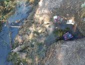 شكوى من اختلاط مياه الشرب بالصرف بسببب تآكل المواسير فى قرية القزازية بالبحيرة