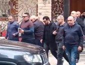 """أسرة إيهاب توفيق: لا نية لتأجيل جنازة والد الفنان لـ """"غد الجمعة"""""""