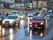 المرور تضع ارشادات القيادة الآمنة لمنع الحوادث بعد هطول الأمطار