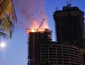 صور وفيديو.. الدفاع المدنى السعودى يسيطر على حريق بمبنى تحت الإنشاء فى جدة