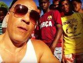 فان ديزل يزور أيتام الدومينيكان ويطالب متابعيه بعمل الخير.. فيديو وصور