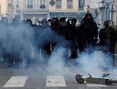 38 يومًا من المظاهرات فى فرنسا.. والنقابات العمالية تتوعد بمزيد من الإضرابات