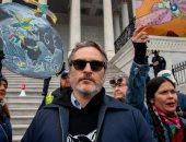 تفاصيل القبض على جواكين فينيكس بعد مشاركته فى مظاهرات قضايا المناخ
