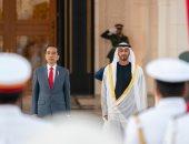 محمد بن زايد ورئيس إندونيسيا يبحثان العلاقات الثنائية وقضايا إقليمية ودولية