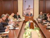 محافظ الإسكندرية يشدد على إزالة تعديات أراضى الصرف الصحى