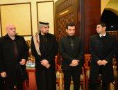 حسين الجسمي يتلقى عزاء والد إيهاب توفيق منذ الدقيقة الأولى حتى النهاية..فيديو وصور