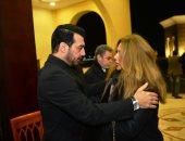 ليلى علوى وكارول سماحة ومحمود حميدة فى عزاء والد إيهاب توفيق..فيديو وصور