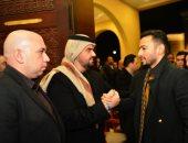 حمادة هلال ورامي صبري ودنيا وإيمي سمير غانم في عزاء والد إيهاب توفيق