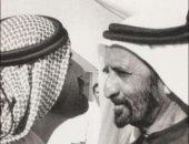 قصة دبى.. صورة للشيخ محمد بن راشد ووالده تلخص التاريخ الحديث للإمارة