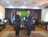 صور.. رئيس جامعة الإسكندرية: نرحب بالتواصل مع الحضارة الصينية وتبادل الخبرات