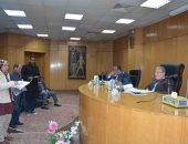 محافظ المنيا يشدد على الإسراع فى إنجاز المشروعات المتعثرة