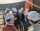 """رئيس """"ويبكو للبترول"""" يتفقد موقع ميناء الحمراء ومشروع إنشاء مستودع 7"""