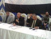 مدير تعليم الإسماعيلية فى اجتماع رؤساء اللجان: مستعدون لامتحانات الإعدادية