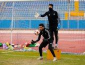 أحمد الشناوى يستمر فى حراسة عرين بيراميدز أمام الرجاء فى المغرب