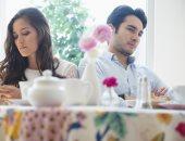 7 علامات على إنك عايشة قصة حب من طرف واحد.. طول الوقت بتحاولى ترضيه ويعتذر