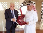 محافظ جنوب سيناء يكرم اللجنة الإماراتية المنظمة لمهرجان شرم الشيخ التراثي الدولي