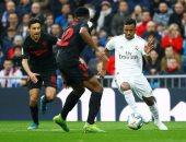 ريال مدريد لم يخسر منذ 91 يوماً بعد ثنائية إشبيلية.. فيديو
