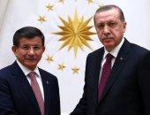 أردوغان يطيح بمعارضيه.. استبعاد حزب داود أوغلو من المشاركة فى الانتخابات