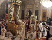 وصول البابا تواضروس الى الإسكندرية لترأس صلاة قداس عيد الغطاس.. فيديو وصور