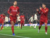 """ليفربول ضد مان يونايتد.. الريدز يتقدم 1-0 والـVAR ينقذ الشياطين مرتين """"فيديو"""""""