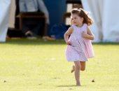 """الأميرة تشارلوت تتحول لـ """"رمز"""" فى عالم الموضة بتصميمات جوتشى الجديدة"""