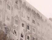 شاهد.. الجليد يغطى جدران عمارة من الداخل والخارج في مدينة إيركوتسك الروسية